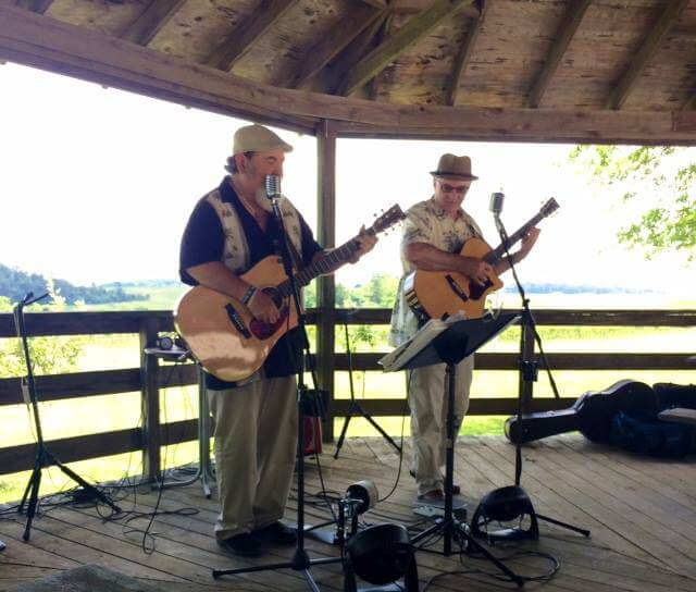 Live Music with the Kirk Wise Duo